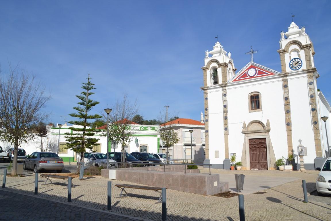 Comunidade brasileira tem surto de Covid-19 em aldeia de Portugal ...