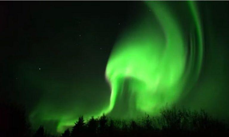 Aurora boreal é avistada em vários países do hemisfério norte; veja vídeos  - Leia Notícias